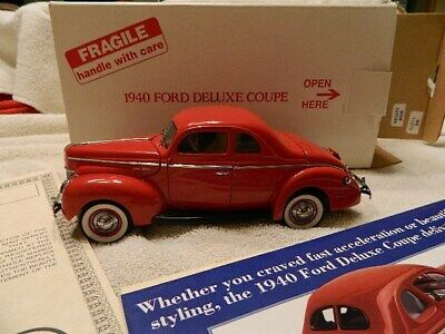 Danbury Mint 1940 Ford Deluxe Coupe 1:24 die cast w/ box paperwork t