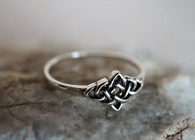 Celtic Sterling Silver Double knot Ring, Promise ring, Viking jewellery, Gift
