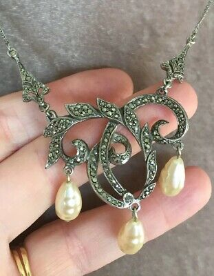 Beautiful Vintage Art Deco Pendant Necklace With Marcasite Crystals And Pearls