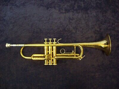 Another Quality! Bach Tr300 Trumpet Made In The Usa + Mouthpiece + Case