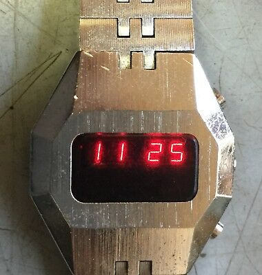 BREIL SILVER 1970s RED LED DIGITAL VINTAGE WATCH HOUR/MINUTE DAY/SECOND