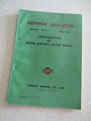 1970 1971 Datsun 521 series vehicle design & specifications info booklet