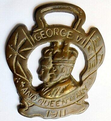 Antique or Vintage George VI and Queen Mary Horse Brass Dated 1911.