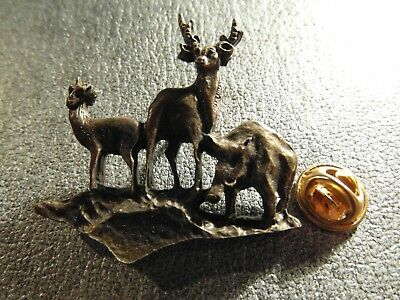 Rare Gros Pins Pin's - Chasse - Biche - Cerf - Sanglier - Animaux - Bronze