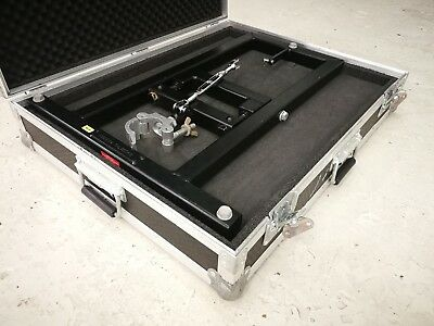Christie Roadster / Mirage Projector Flying Frame in Flight-case (1 of 2)
