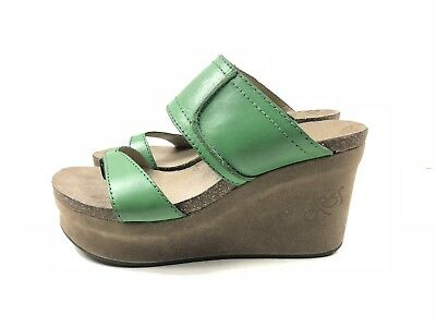 c3d21f00d4ae OTBT Brookfield Wedge Platform Sandals Shoes Green Leather Suede Size 7.5