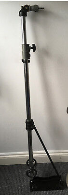Triangle Solid Wall Mounting Boom Arm for Studio Strobe Light SoftboxLOW RESERVE