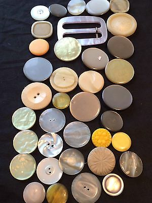 Vintage Big Job Lot Plastic Bakelite  Retro 36 Buttons Off White/yellow Tone