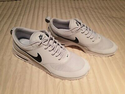 NIKE AIR MAX Thea Gr. 40 UK 6 CM 25.5 Wie Neu! EUR 37,50