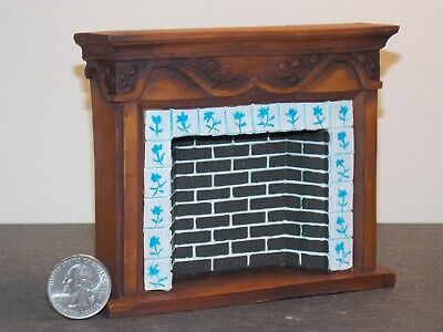 Dollhouse Miniature Victorian Fireplace Brown 1:12 inch scale P43 Dollys Gallery