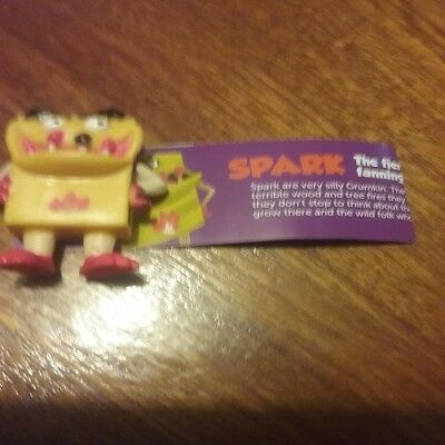 Spark Super Series Yowie With Paper