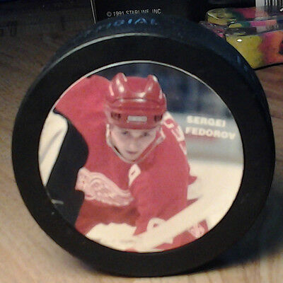 Detroit Red Wings SERGEI FEDOROV Photo Hockey Puck NHLPA IN GLAS Made in CANADA