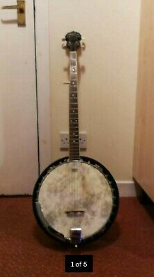 BARNES AND MULLINS Full Size Closed Back 5 String Acoustic Resonator Banjo Case