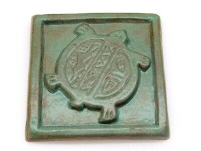"ANTIQUE ART & CRAFTS STYLE MATTE GREEN ART POTTERY NATIVE TURTLE TILE  5"" x 5"""