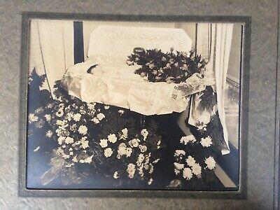 Silver Photograph America Way of Death Post Mortem Father