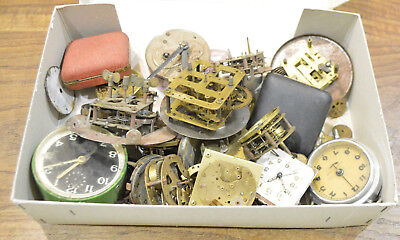 Big Lot Vintage/ Antique Clock Movements & Parts Watchmakers Watch Parts