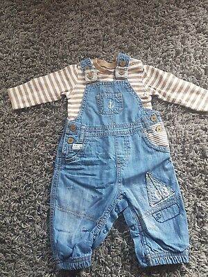 Next Boys top and denim dungarees jeans 3-6 Months  Gb8