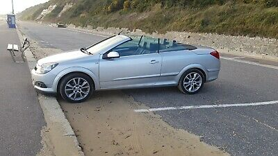 Vauxhall Astra 1.8 Twin Top Convertible Spares and Repairs