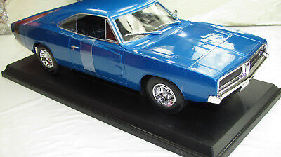 1969 Dodge Charger R/t Metallic Blue New In Box 1:18.