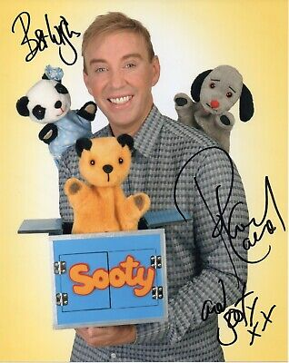 SOOTY - Richard Cadell Signed Photograph