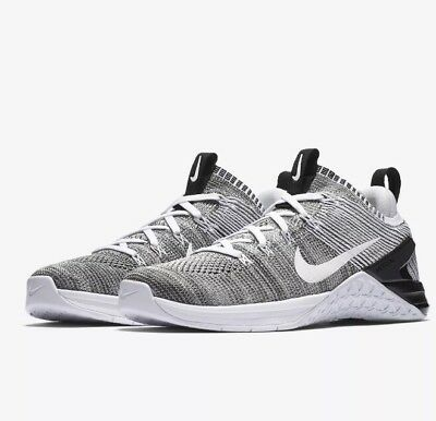 the latest 6aedf e071a Femmes Sz 9 Nike Metcon Dsx Flyknit 2 Croix Train Chaussures Blanches Noir