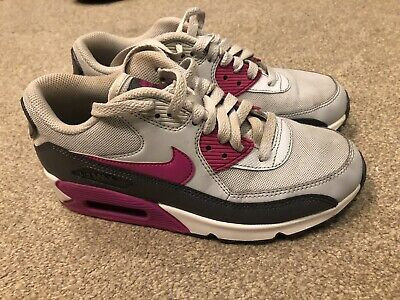 half off f3ce1 777d2 Nike Wmns Air Max 90 Essential 616730-013 Size 4