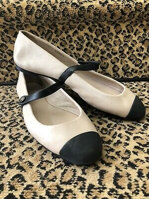 614764e22 Chanel Classic Beige And Black Low Cut Maryjane Ballet Flats Logo Button  Size 40