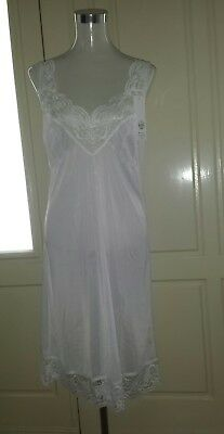 NEW Ladies Nylon Full Slip, White, Sizes 12-24