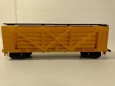 United Lionel Vintage Yellow Union Pacific 1065 Worm Drive Head Cab Lite Fast Powerfull O Scale