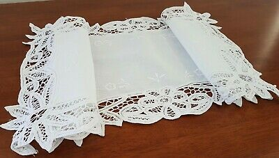 Vintage 80s WHITE Tape Lace FLORAL EMBROIDERED Shabby Chic TABLE CENTRE RUNNER