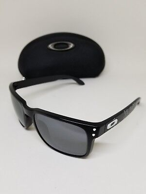 71521bded6 OAKLEY AUTHENTIC SUNGLASSES Cover Story Oo4042-06 Purple Black Arms ...