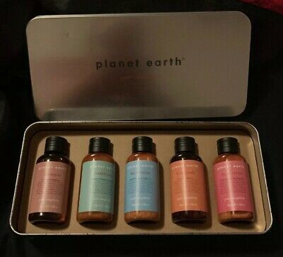 BN PLANET EARTH PURE SIMPLICITY TOILETRIES & CREAMS 50ml each IN TIN GIFT PACK