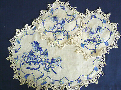 WILLOW PATTERN Vintage Heavily Hand Embroidered Duchess / Dressing Table Set