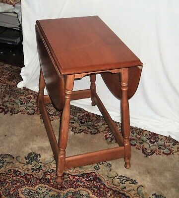 Small Antique Mission Craftsmen Farmhouse Solid Maple Two Drop Leaf Coffee Table