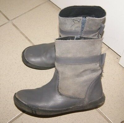 64bc312150028 bottes fille point 32 Marque Andre Matiere Cuir-Daim TBE
