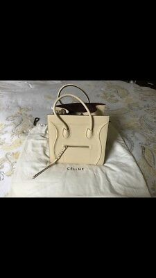 214bb4bad1 BNWT CELINE MEDIUM Luggage Tote Bag