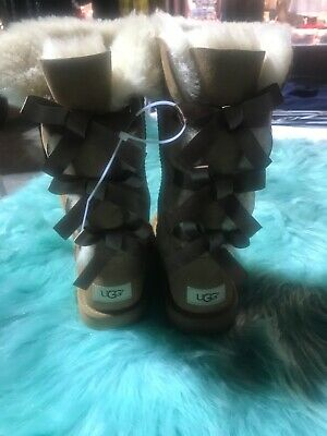 782abdea145 UGG BAILEY BOW Tall Chestnut Triplet Sheepskin Boots Size Youth 5 Fit  Women's 7