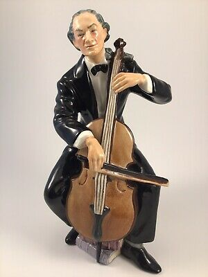 """Scarce 1959 Royal Doulton Figure HN 2226 """"The Cellist"""" In Great Condition"""