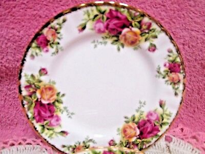 "Royal Albert Old Country Roses Bread Plate 6 1/4"" Red Yellow England"