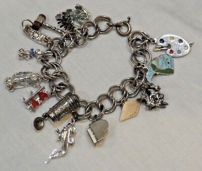2524d1223bf49 VINTAGE STERLING SILVER Charm Bracelet with Fourteen (14) Charms