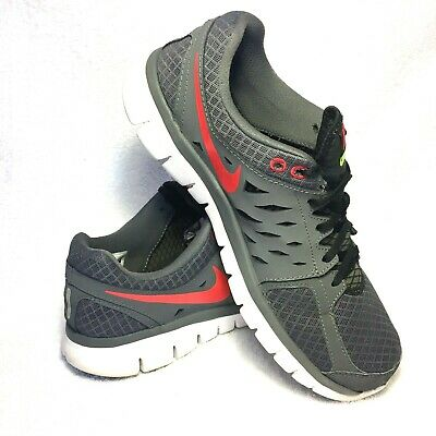 01290bb386f5 NIKE FLEX 2013 RUN-Men s Size 10.5 US. Running Shoes Gray with Red Nike