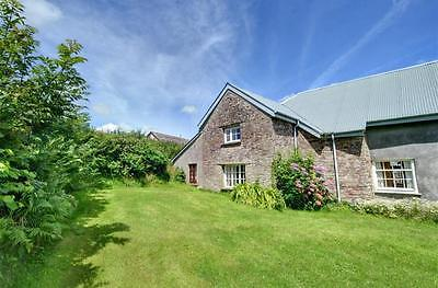 Holiday cottage 11-18 May Cornwall Devon border sleeps 4/5 wi-fi bbq dog welcome