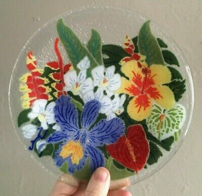 """Peggy Karr Fused Art Glass 7 3/4"""" Plate. Tropical Flowers Iris Hibiscus Orchid"""