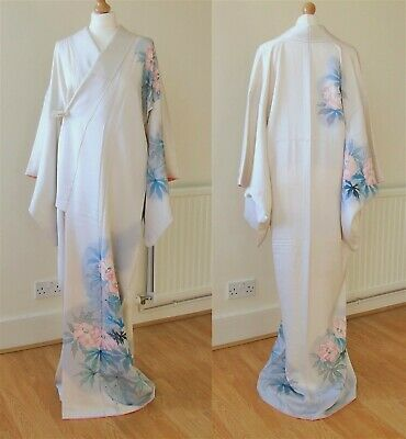 KIMONO Authentic Japanese Vintage, Hand Painted Flower by Artist Off-white