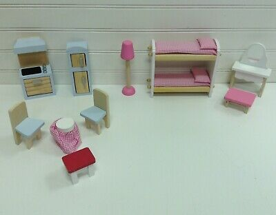 Kidkraft Wood Dollhouse Furniture For 4 Dolls Lot Set Of 10 Pieces