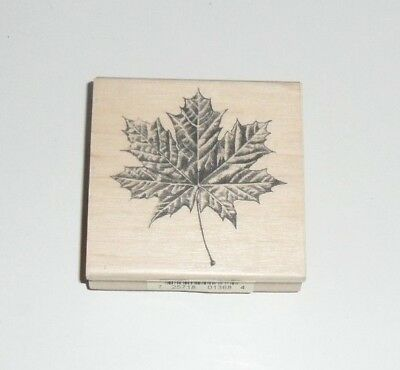 Silhouette Tiny Maple Leaf Rubber stamp