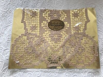 unused handmade lace 3 piece duchess set runner doilies intricate beige