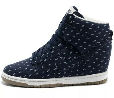 97bbc9d497b0 Nike Dunk Sky High Sneakers Womens Size 9 Lace Up Wedge Print Navy Blue