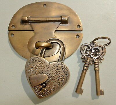 "large heavy HASP & STAPLE Padlock and KEY included WORKS 5"" OVAL catch latch"