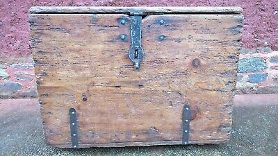 Lovely Antique Pine Chest / Antique French Blanket Box ( Free Delivery )
